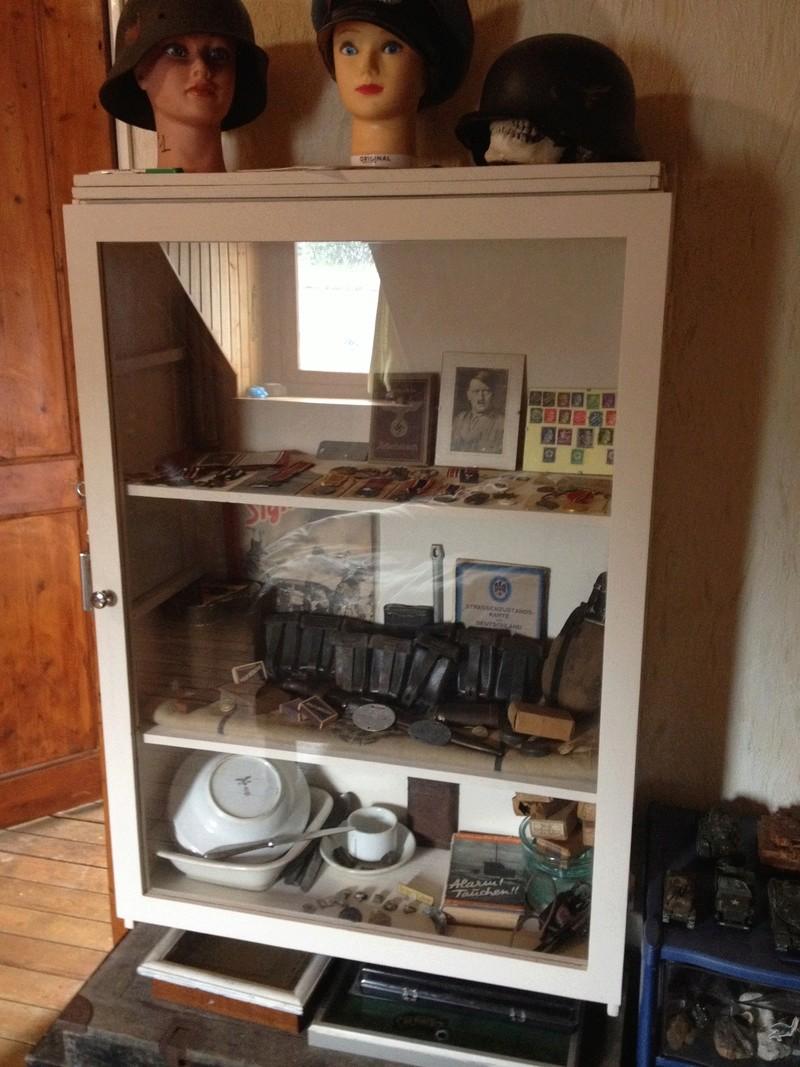 Comment construire sa propre vitrine, son propre meuble de présentation !  Img_0822