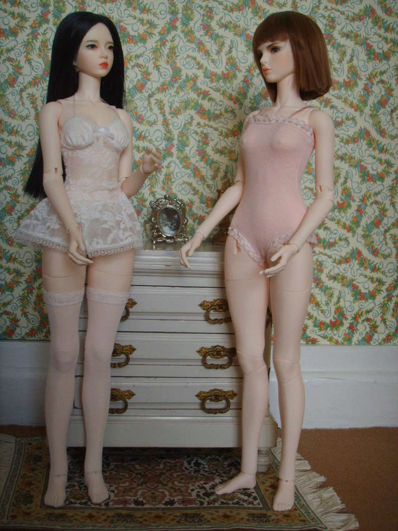 Raccoon dolls : Mika et Nina Mikani11