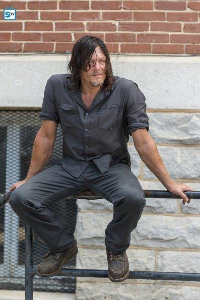 The Walking Dead Temporada 7: Noticias,Fotos y Spoilers. - Página 5 Img_2012