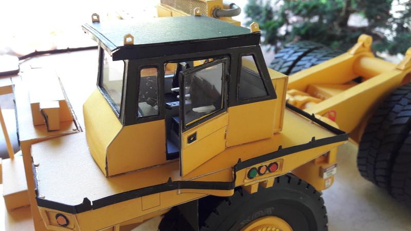 Fertig - Tagebau-Truck Kamatsu 830 E-AC gebaut von Holzkopf - Seite 4 20170109
