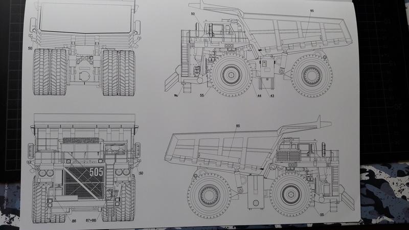 Fertig - Tagebau-Truck Kamatsu 830 E-AC gebaut von Holzkopf 20170386