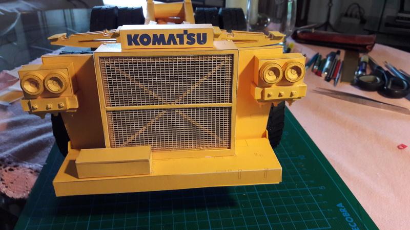 Fertig - Tagebau-Truck Kamatsu 830 E-AC gebaut von Holzkopf - Seite 3 20170581
