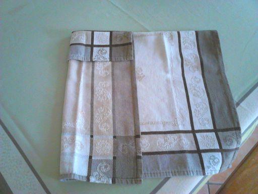 Nouveau partage-couture : Le coussin magique  Dsc_0049