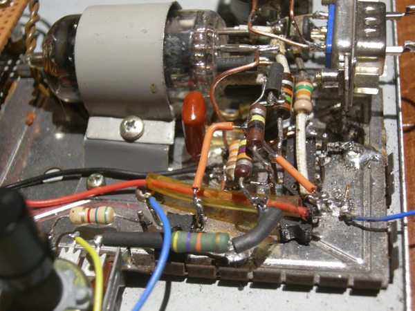 Réalisation d'un Grid Dip Oscillator (GDO) à tube. La suite : Partie HF 600res10