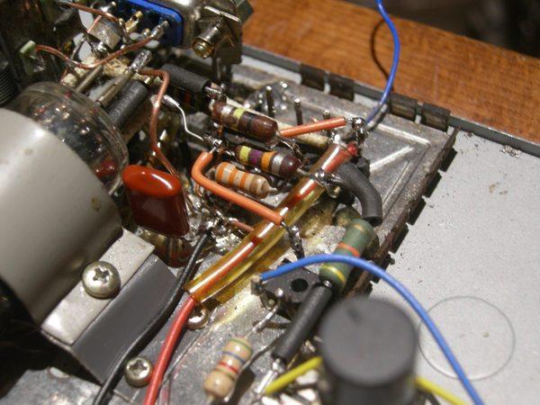 Réalisation d'un Grid Dip Oscillator (GDO) à tube. La suite : Partie HF 600res11
