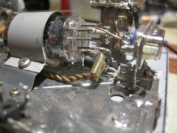 Réalisation d'un Grid Dip Oscillator (GDO) à tube. La suite : Partie HF Assemb10