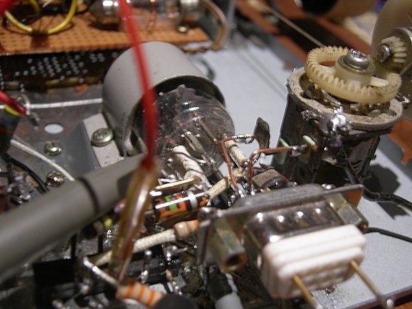 Réalisation d'un Grid Dip Oscillator (GDO) à tube. La suite : Partie HF En_tes10