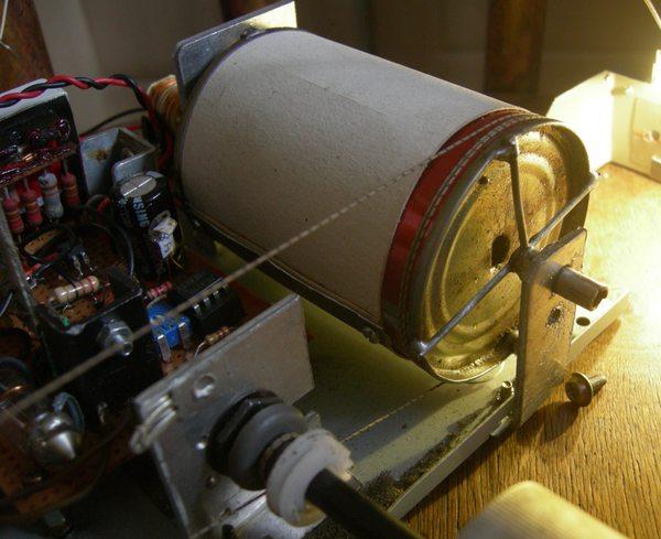 Réalisation d'un Grid Dip Oscillator (GDO) à tube. Partie mécanique Mycani10