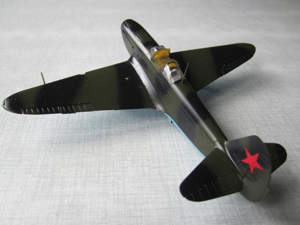 Yakovlev Yak 1B 1/48 Eduard  Img_2514