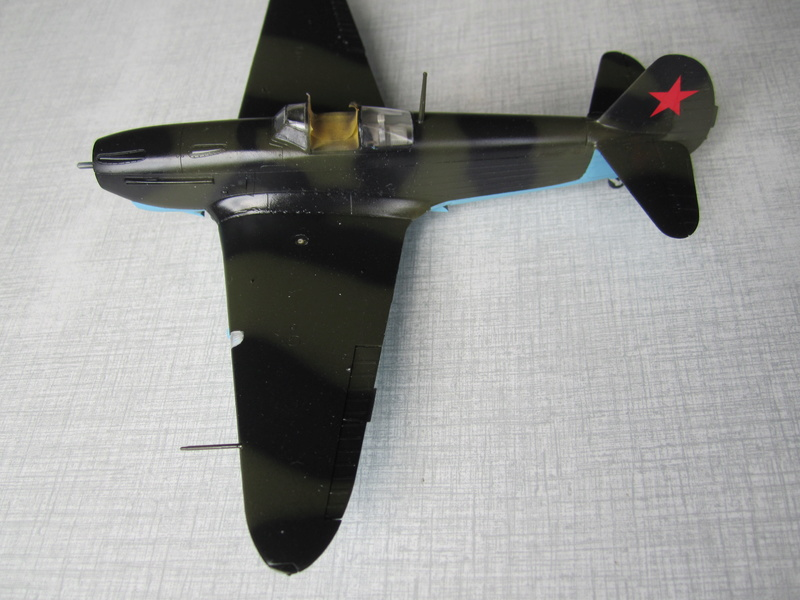Yakovlev Yak 1B   1/48 Eduard Img_2522