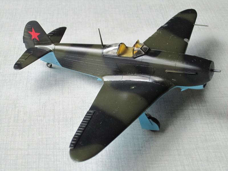 Yakovlev Yak 1B   1/48 Eduard Img_2526