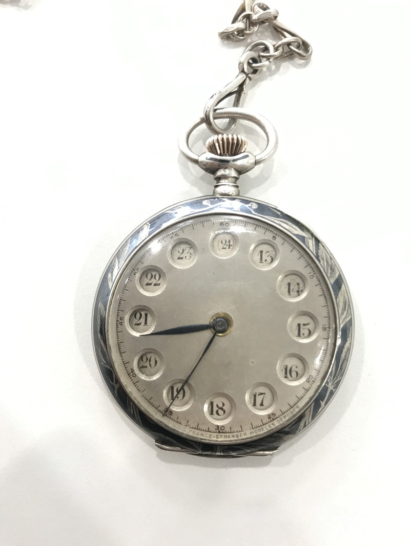 identification de type de montre 12-24h [cartouche tournant] Image211