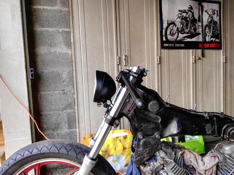 XV 750 SE >> XV 1100 Virago Cafe racer - Page 6 Img_2080
