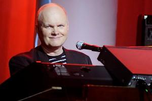 Sven Grunberg - эстонский композитор в жанре электроники и прог-рока Svengr10