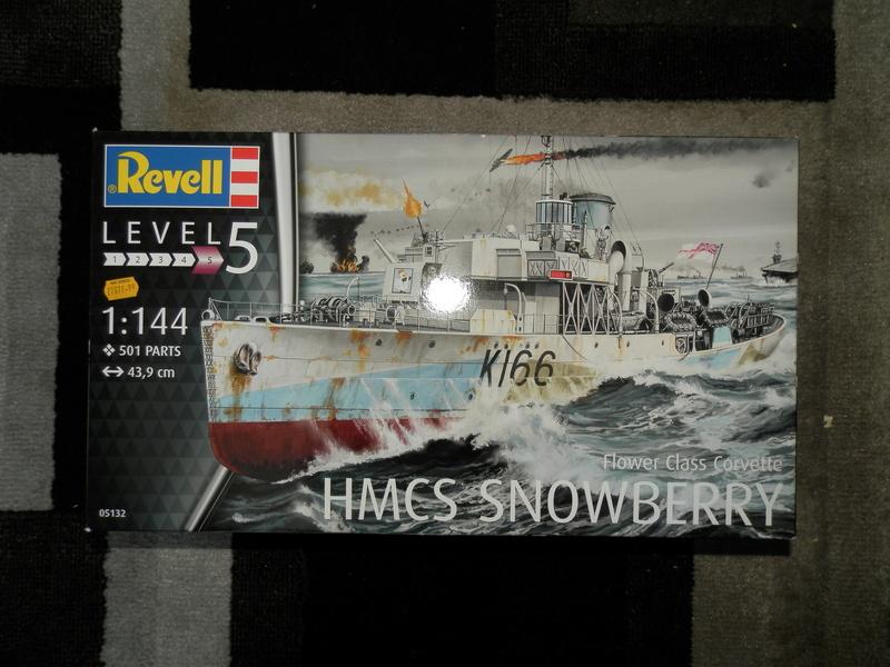 HMCS Snowberry Flower-Class Corvette (1:144 scale) P3250013