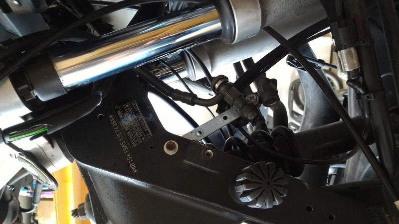 [R1150RT-87000kms] Plus d'assistance elec. de frein arrière - Page 3 P_201746