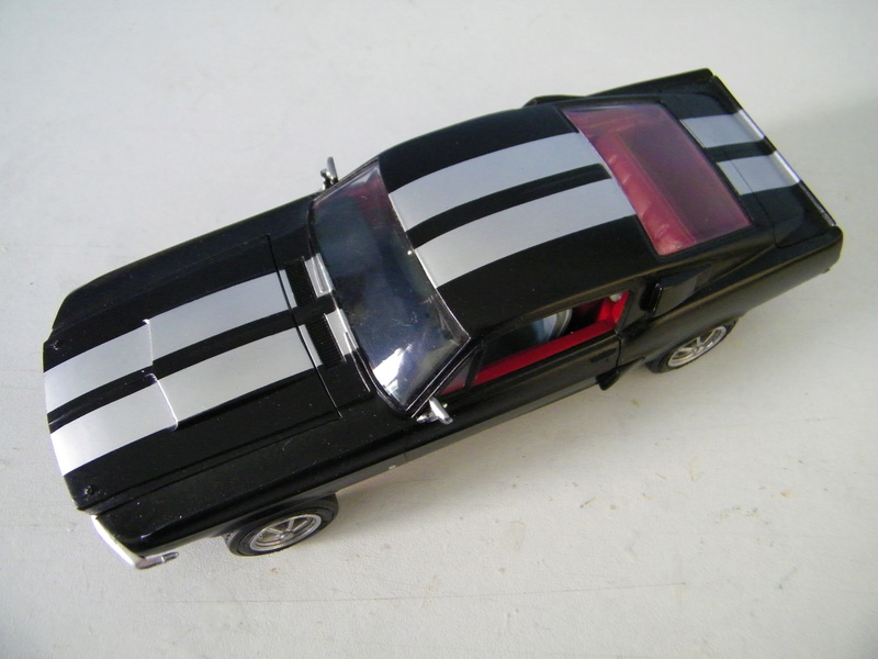 Ford Mustang Shelby GT 350 de 1967 - AMT 1/24e 100_4522