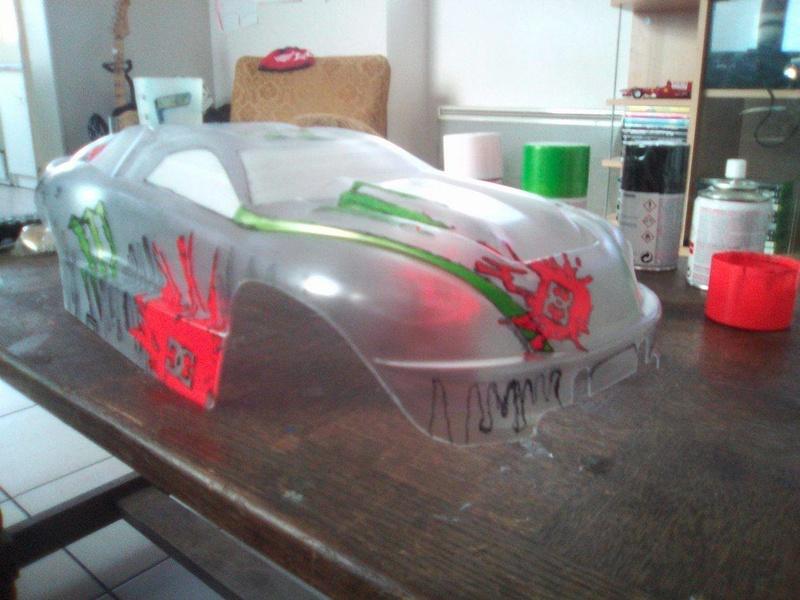 carrosserie E-REVO en cours de peinture 16763810