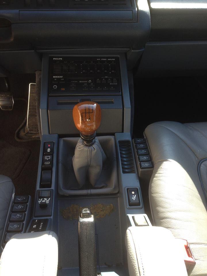 [Reportage] Changement du soufflet de levier de vitesse  17523111