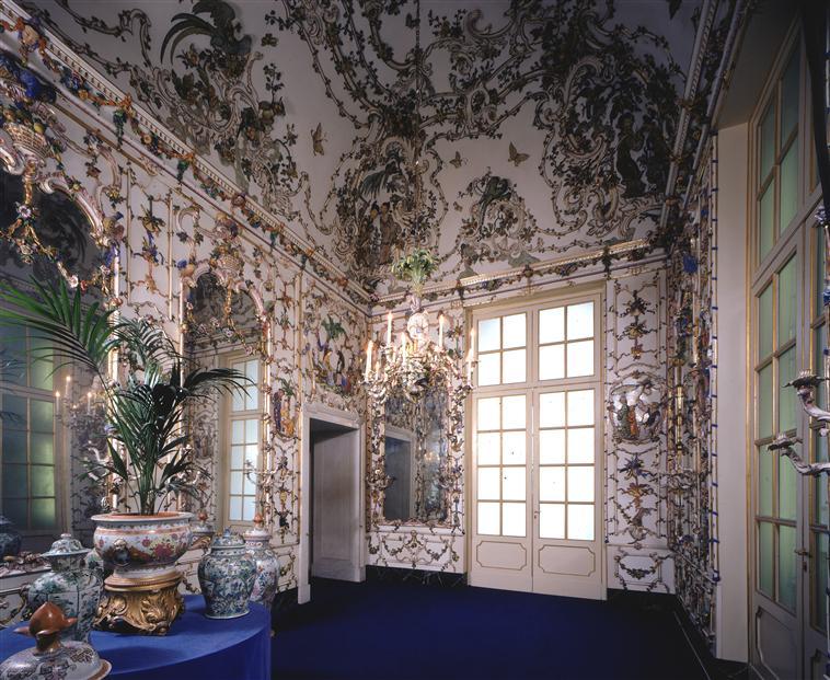 capodimonte - Capodimonte, un palais de Marie-Caroline 08-52011