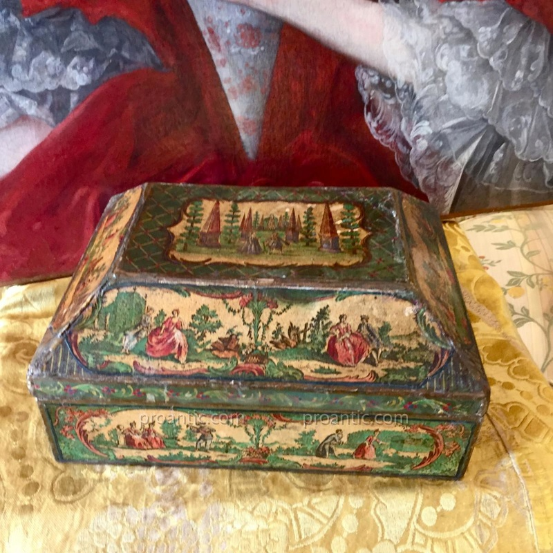 Perruques et  boîtes à perruques au XVIIIe siècle 13823310