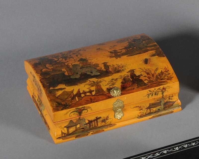 Perruques et  boîtes à perruques au XVIIIe siècle 14277010
