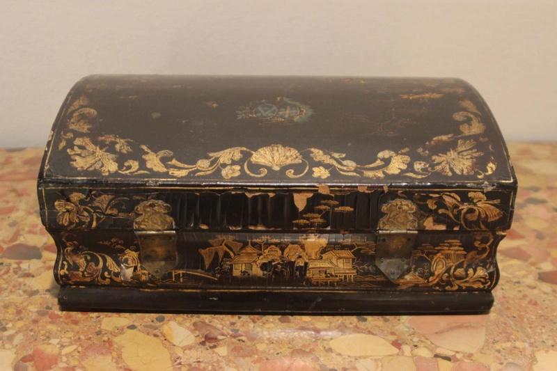 Perruques et  boîtes à perruques au XVIIIe siècle 15623010