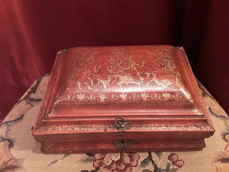 Perruques et  boîtes à perruques au XVIIIe siècle 21253910