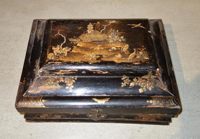 Perruques et  boîtes à perruques au XVIIIe siècle 21374710