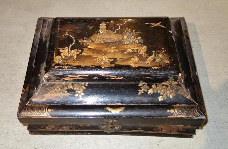 Perruques et  boîtes à perruques au XVIIIe siècle 21374711