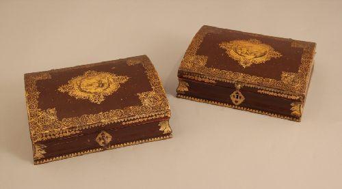 Perruques et  boîtes à perruques au XVIIIe siècle 406211