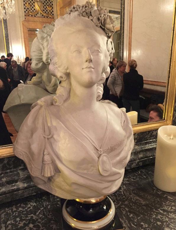 Marie-Antoinette intime, au Théâtre Montansier - Page 2 Captur10