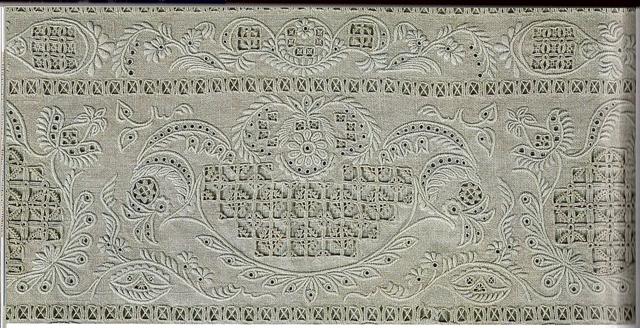 La broderie au XVIIIe siècle Hebedo10