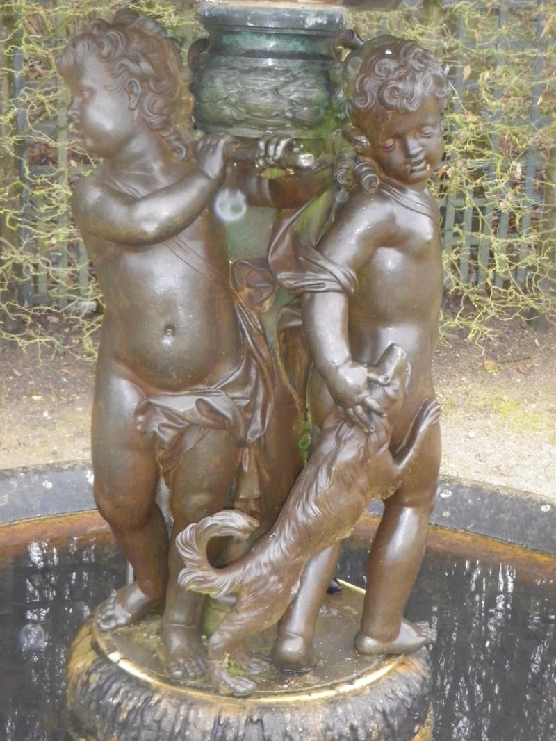 Versailles,   L'Allée d'Eau, ou Allée des Marmousets Imgp5610