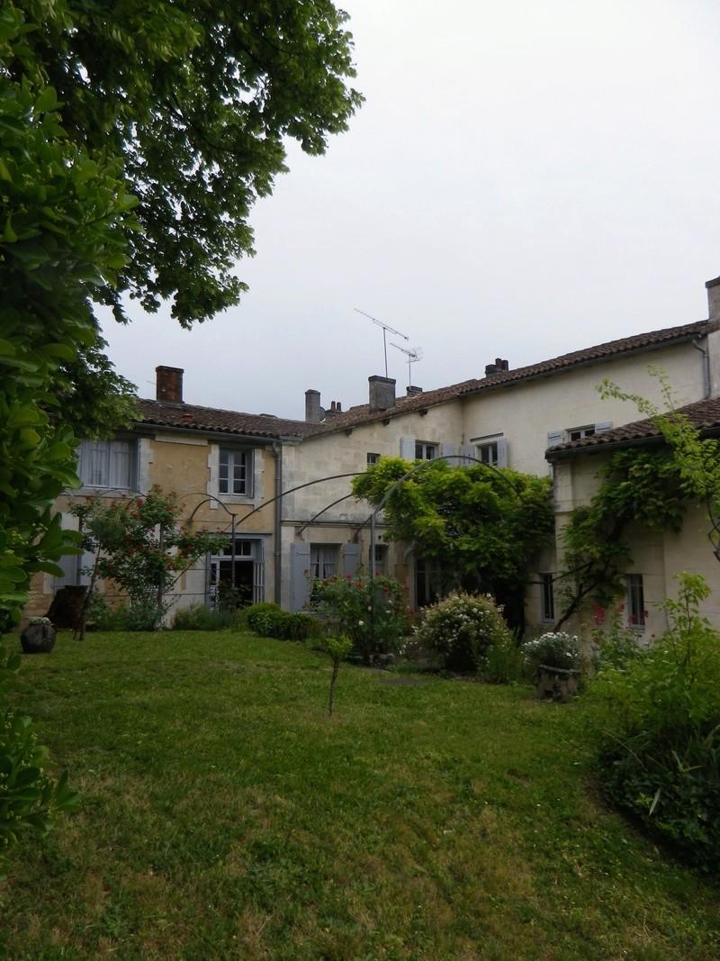 A Jarnac, la maison natale de Mitterrand Imgp6610