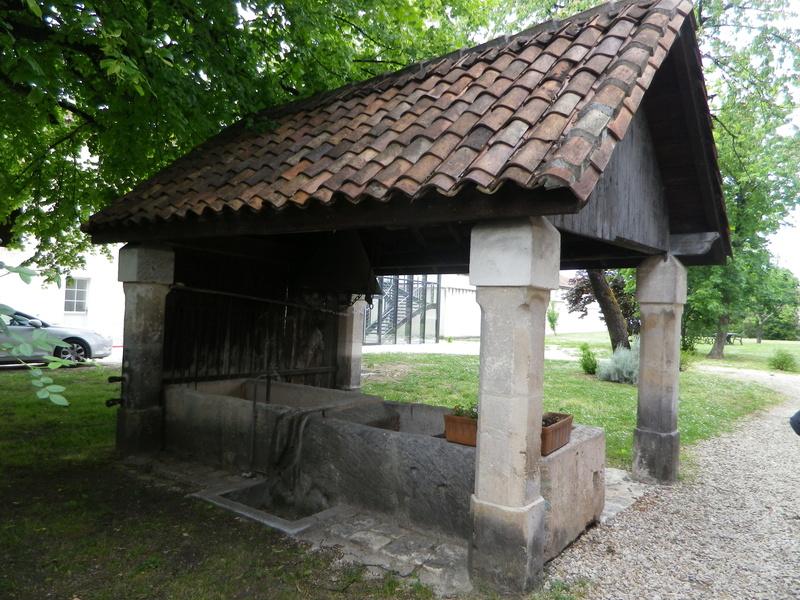 A Jarnac, la maison natale de Mitterrand Imgp6612