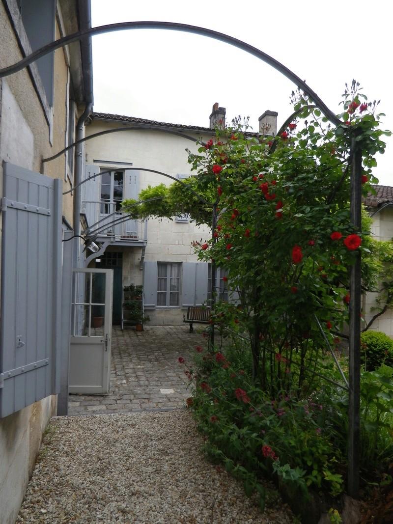 A Jarnac, la maison natale de Mitterrand Imgp6616