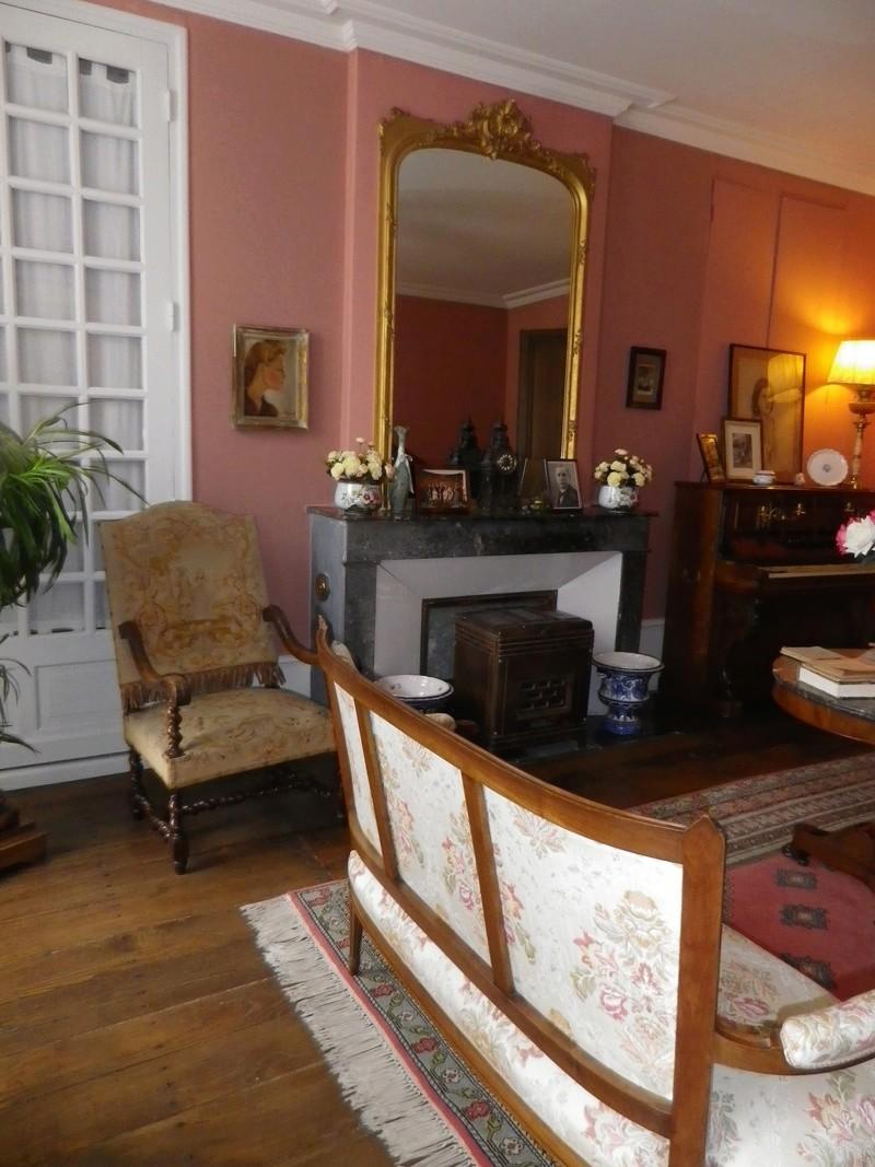 A Jarnac, la maison natale de Mitterrand Imgp6621