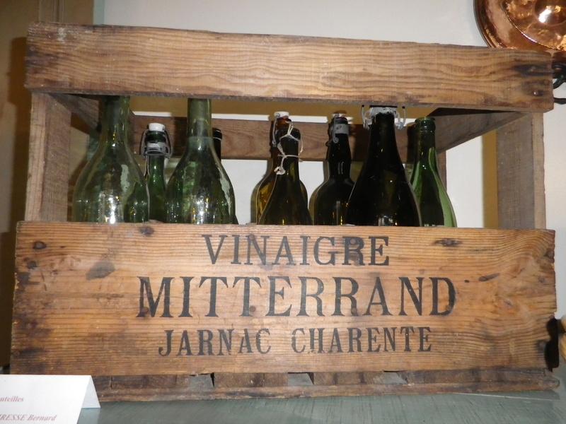 A Jarnac, la maison natale de Mitterrand Imgp6626