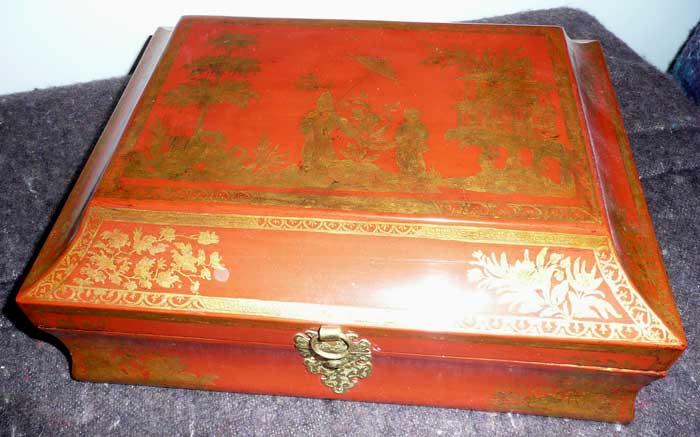 Perruques et  boîtes à perruques au XVIIIe siècle Restau11