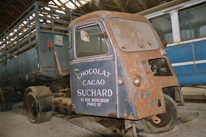 Le Tracteur FAR (le Cheval Mécanique) - Page 2 00351