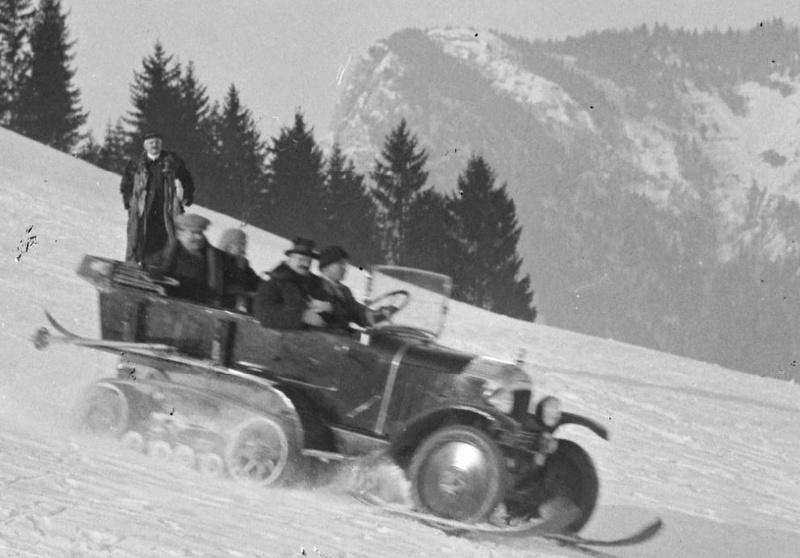 Concours de voitures à neige au Col du Sappey le 9 Février 1922 035