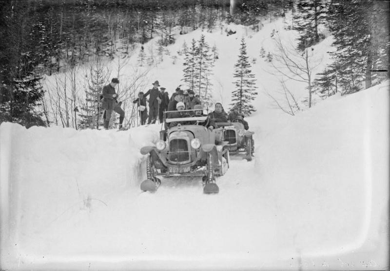 Concours de voitures à neige au Col du Sappey le 9 Février 1922 037