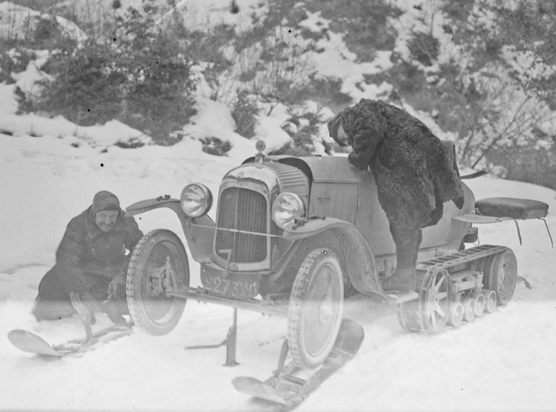 Concours de voitures à neige au Col du Sappey le 9 Février 1922 1214