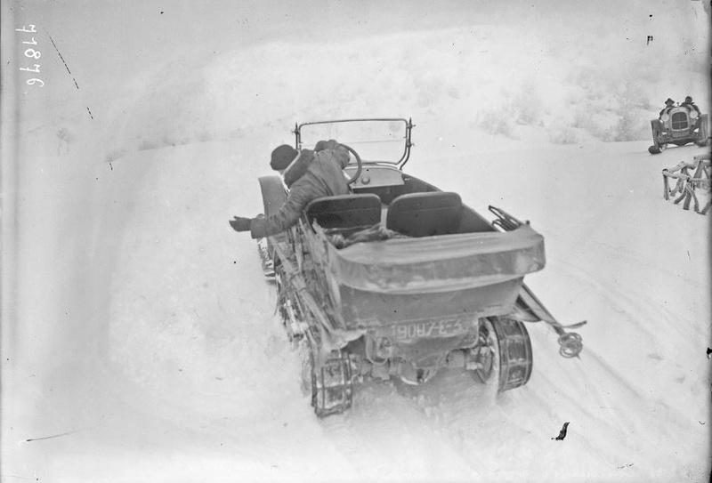 Concours de voitures à neige au Col du Sappey le 9 Février 1922 1712