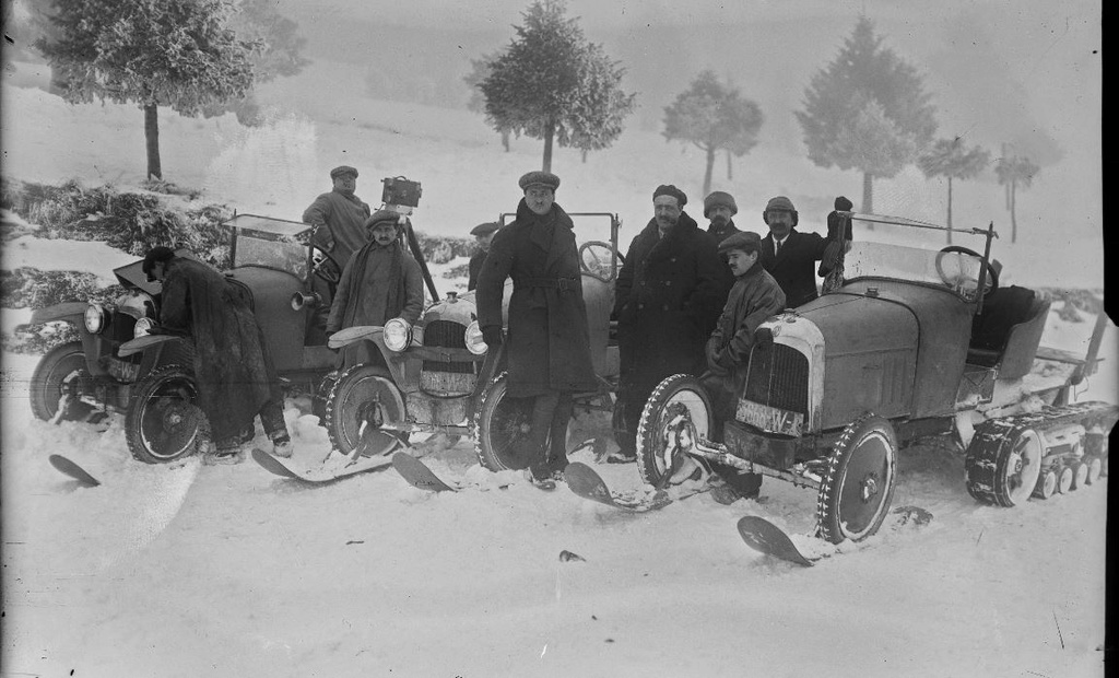 Concours de chars de montagne  au Mont Revard 215