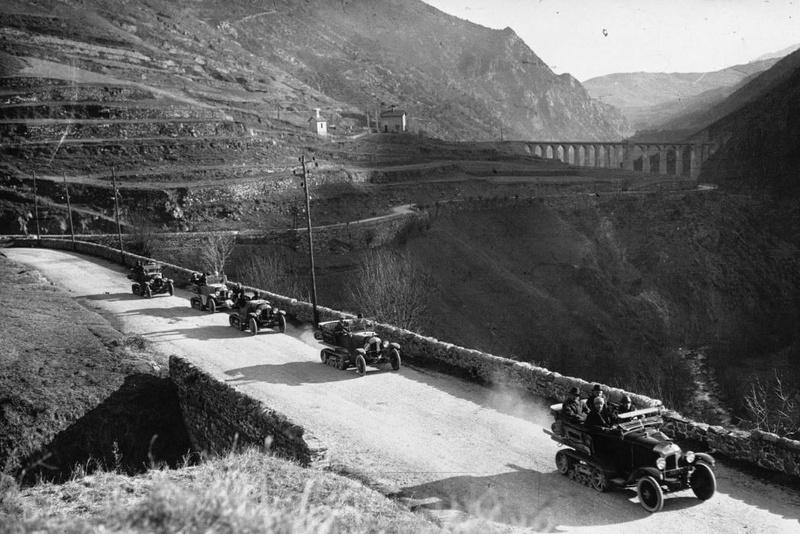 Concours de voiture à chenilles dans les Pyrénées Orientales en 1922 219