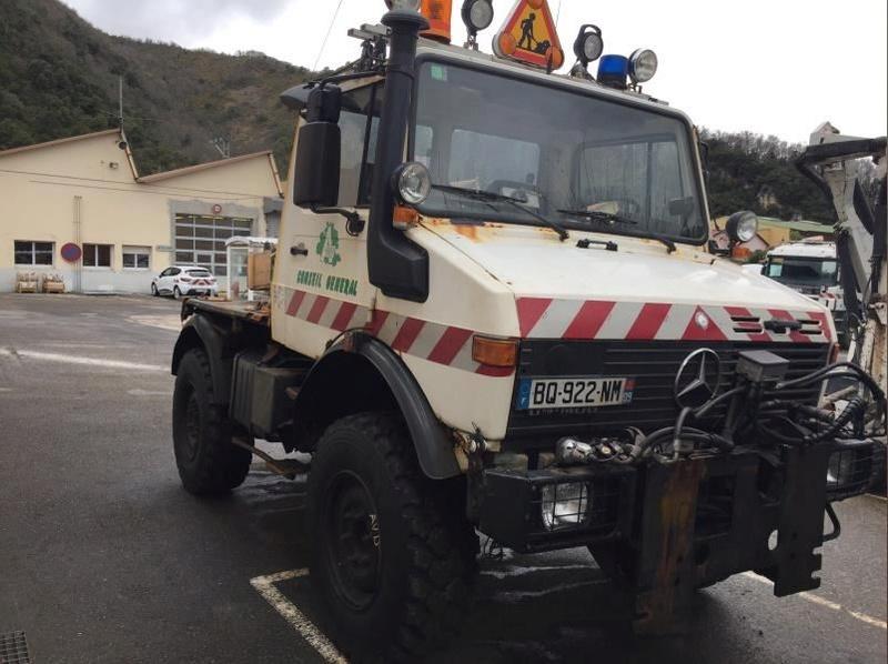 Un U1400 aux enchères par le Département de l'Ariège 2197
