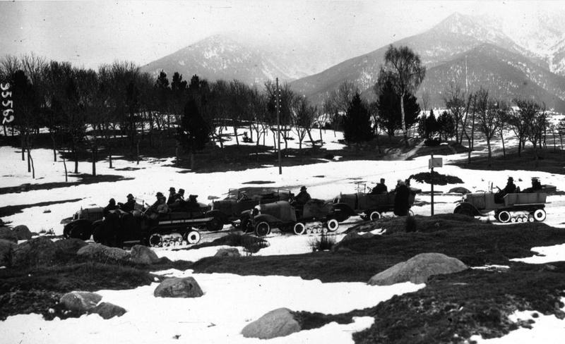 Concours de voiture à chenilles dans les Pyrénées Orientales en 1922 220
