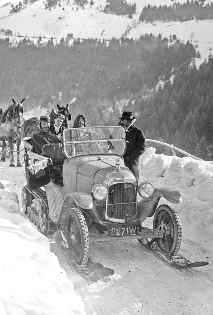 Concours de voitures à neige au Col du Sappey le 9 Février 1922 2512